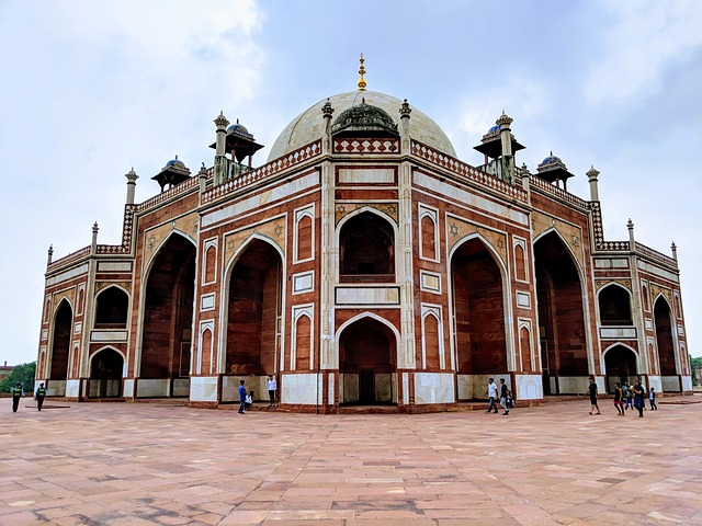 Tomb of Humayun New Delhi.jpg